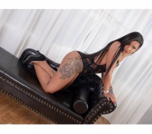 Isie escort blonde Avallon, 89